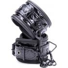 Дизайнерские наручники черного цвета